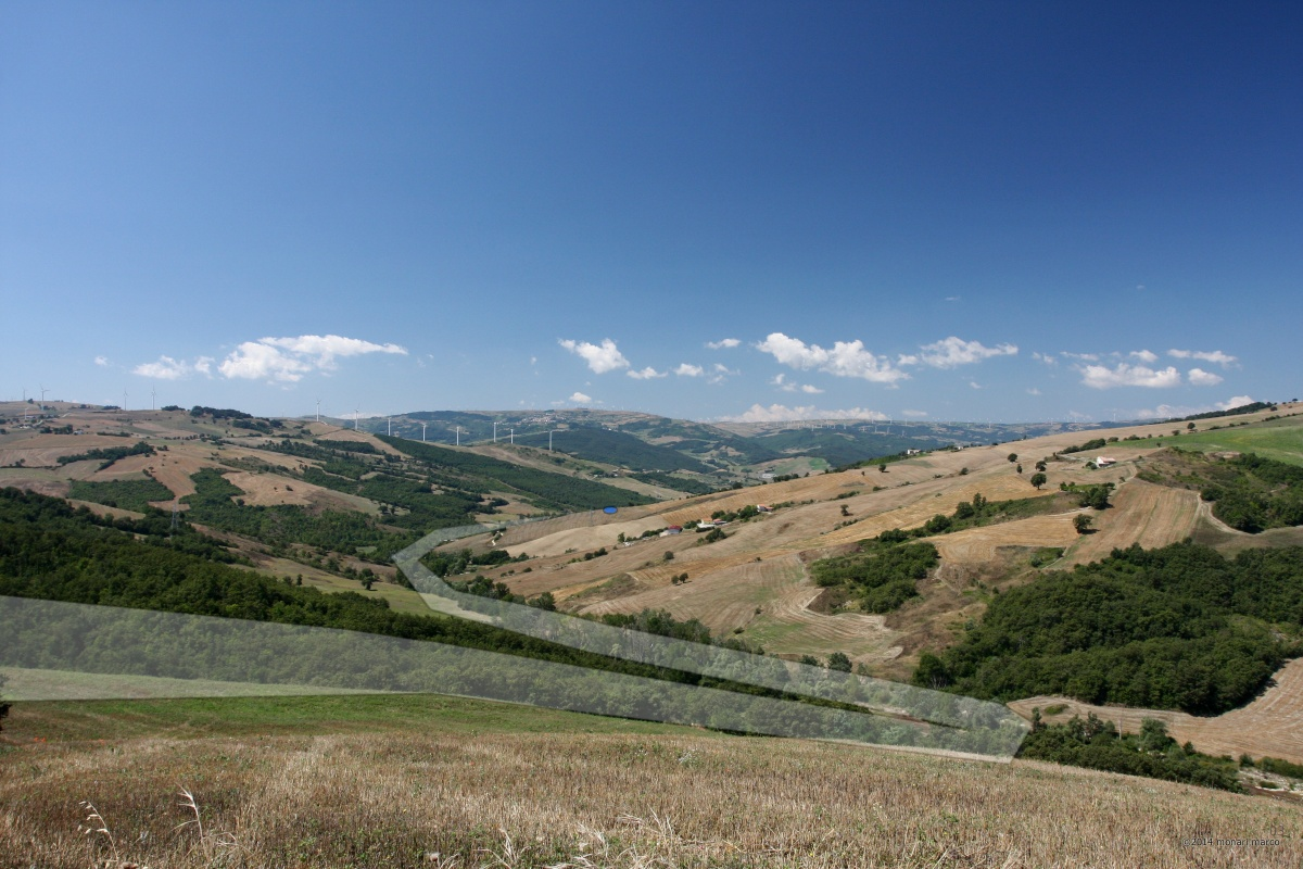 C.da San Salvatore - Punto di ripresa: N41°23.452' E015°04.984' 676m. s.l.m. direzione 225°. Territorio sito nel Comune di San Bartolomeo in Galdo BN Italy.